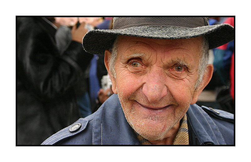 Happy people live longer | When Bobby McFerrin sang his most… | Flickr