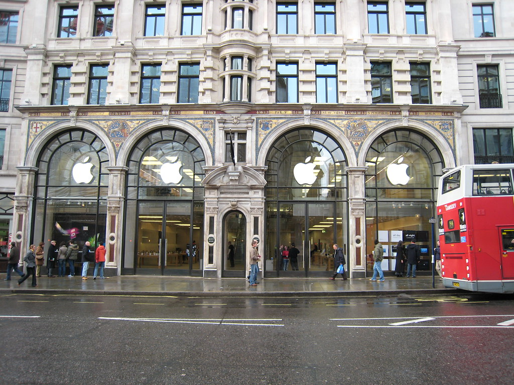 Apple Store London, UK | Apple Store in Regent Street, it wa… | Flickr