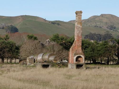 old newzealand chimney house building abandoned rural derelict gladstone dilapidated wairarapa oldandbeautiful tewhanga oncewashome