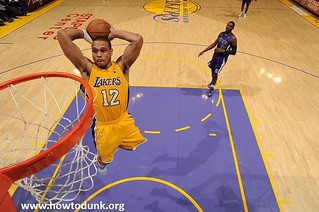 Shannon Brown Dunk | by HowtoDunk.org