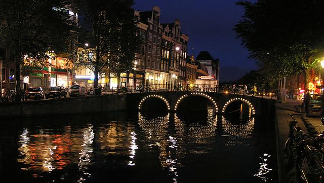 Amsterdam: bridge panorama at night