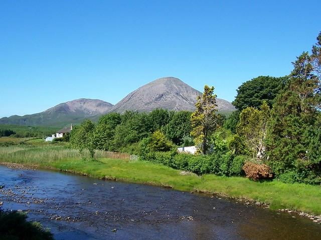 Beinn na Caillich (2403ft), Broadford, Isle of Skye, July 2005