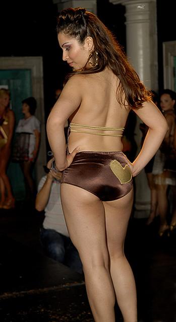 Fashion Whore_June 9 2007_012