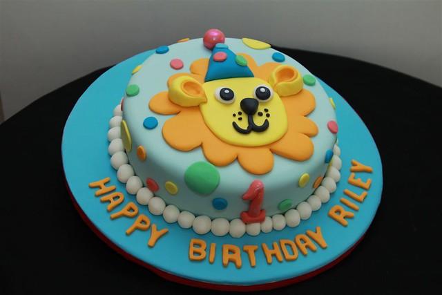 LION 2D CAKE