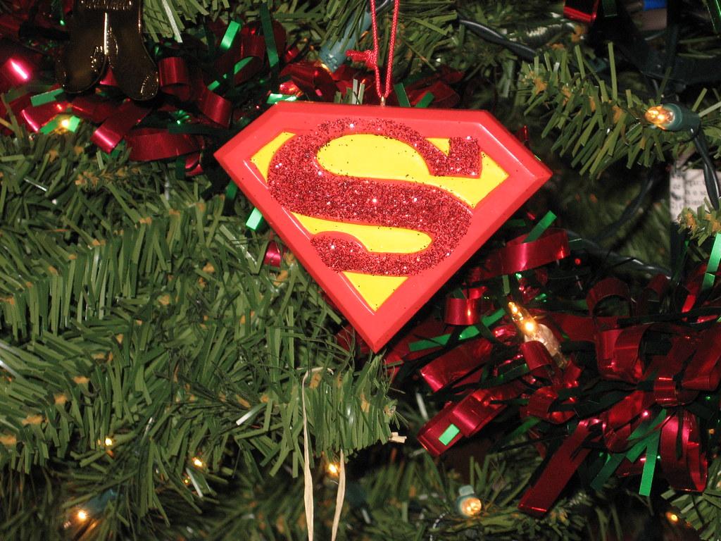 Wierd Christmas Ornament.Weird Christmas Ornaments 001 Superman Christmas Tree Orna