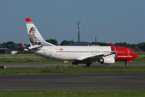 Norwegian Boeing 737-800; LN-DYA@CPH;04.06.2010/575ay   by Aero Icarus