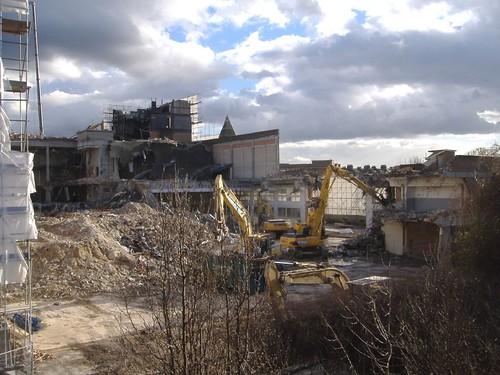 Demolition Contd   by sarflondondunc
