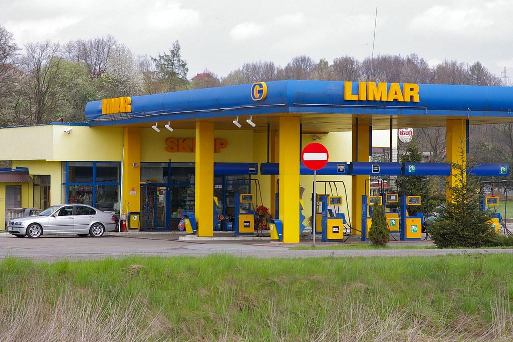 Stacja benzynowa / Fuel station