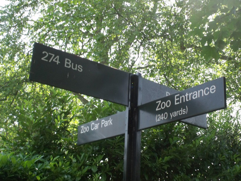 Direction's sign on the other side of the road - to London Zoo on Outer Circle