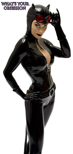 Catwoman - Cover Girls of DC statue - 3
