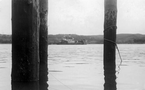 old blackandwhite bw history river harbor boat washington ship unfound sierra historic aberdeen wreck steamer remains grays chehalis graysharbor davewardsmaragd