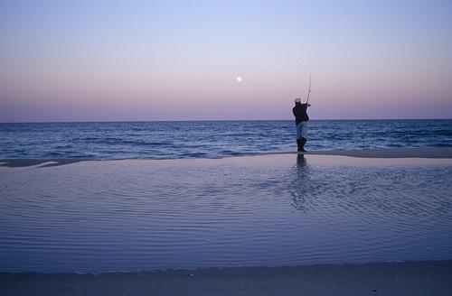 ocean leica dan beach island newjersey fishing sand kodak dusk mp3 atlantic lbi american moonrise shore barrier eastern seashore tidal available crepuscular aspherical dellapiazza dandellapiazza hirevimaging hirev leicasummilux35mmf14aspherical