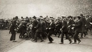 """Supportersrellen"" in Wembley stadion 1923 / Supporter ""riots"""
