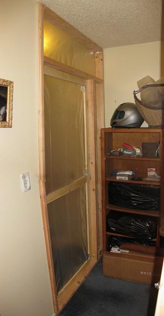 100226 remodel asbestos plastic door by tt ICE sd790 1802_3