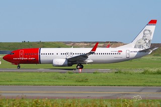 Norwegian Boeing 737-800; LN-NOG@CPH;03.06.2010/574gq | by Aero Icarus