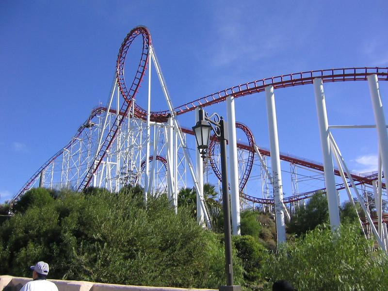 Viper @ Six Flags Magic Mountain