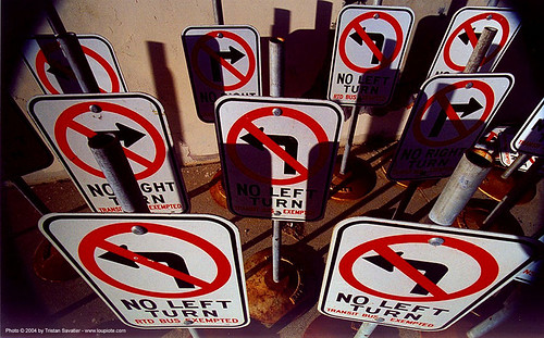 18000 - road signs - no left turn - no right turn | by loupiote (Old Skool) pro