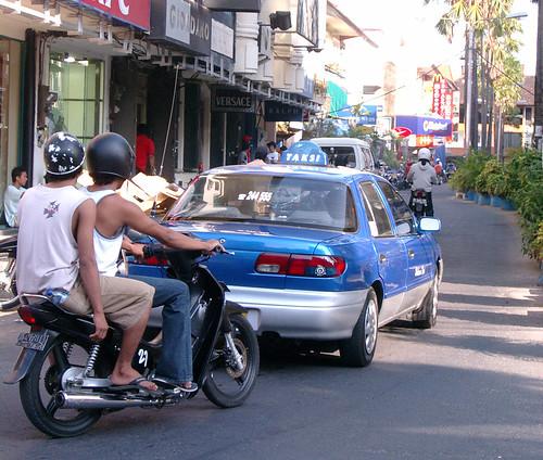 Blue Bird Taksi in Bali!!