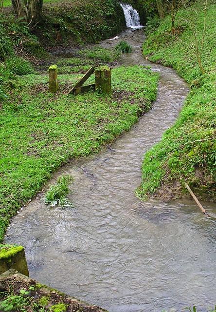 Book 3, Walk 39, Amberley to Pulborough Waterfall near the village of Bignor, 25 Feb '07.