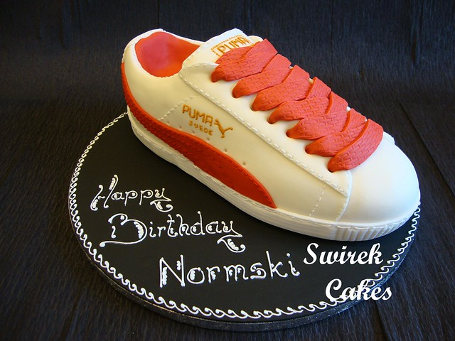Puma trainer cake