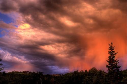 trees houses homes light sunset sky orange sunlight mountain storm clouds skyscape colorado ridge ritz beavercreek hdr bachelorgulch photomatix virga specland 200706