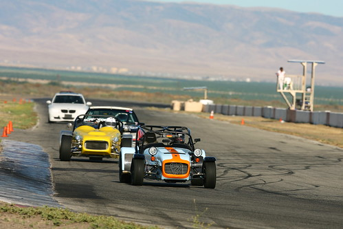 Chasing the R500 at Buttonwillow