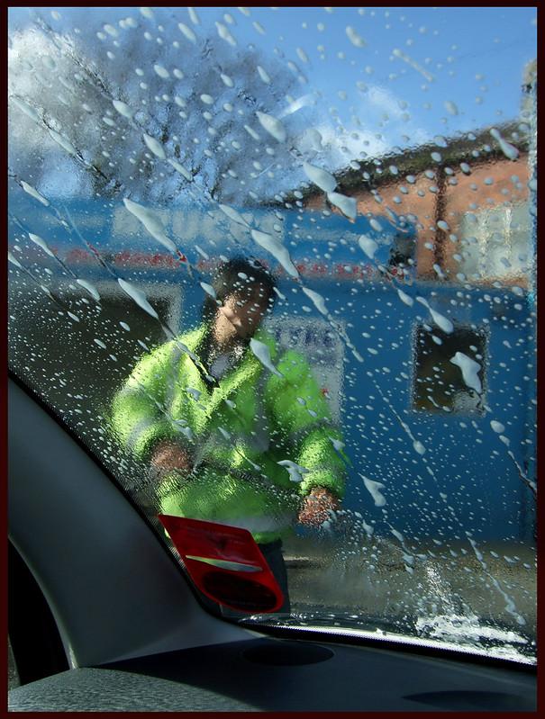 Bruce's Hand Car Wash (i)