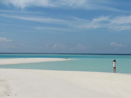 ocean beach clouds sand photographer filitheyo scalleywag madives hamzaisland filitheyoislandresort