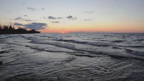 sunrise movie dawn video lakeshore lakeontario lucaspointpark