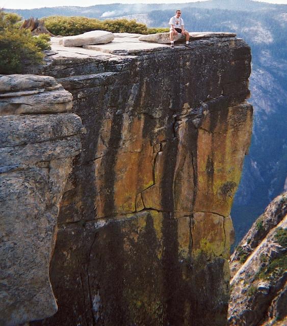 Dan on cliff ledge near Glacier Point Yosemite-98 | Dan on a