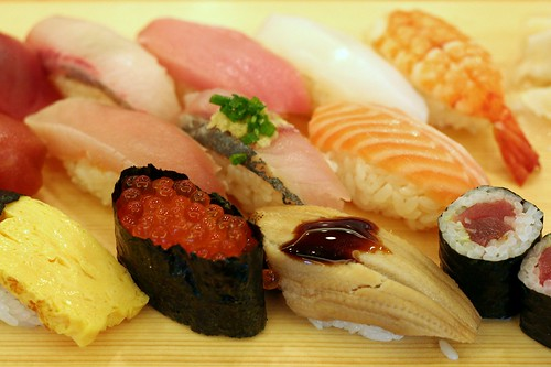 Tsukiji Lunch   by Chas Pope 朴才思