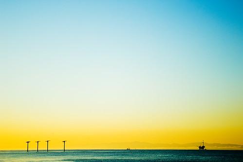 blue bird beach yellow sunrise island nikon d200 channelislands oilrig goleta birdisland ellwood haskells bacara 93117 nikonstunninggallery