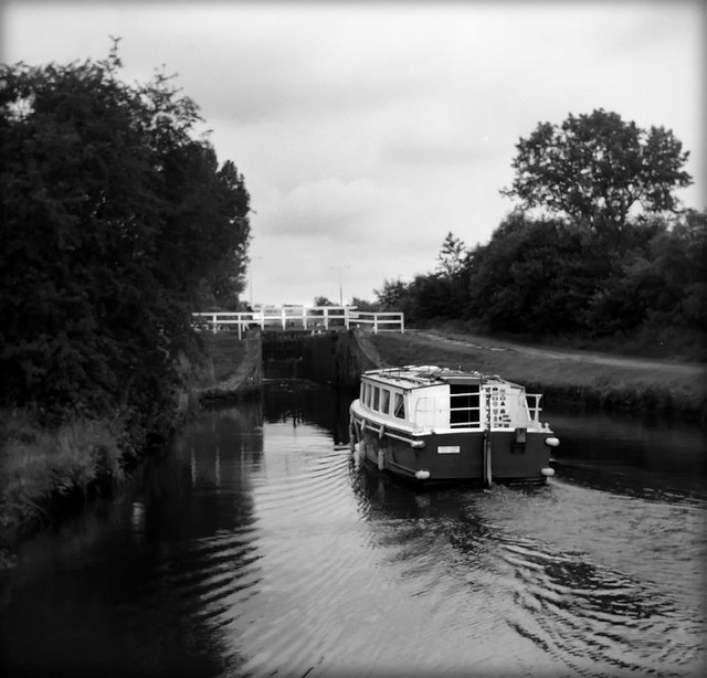 Heading for the lock_Colne