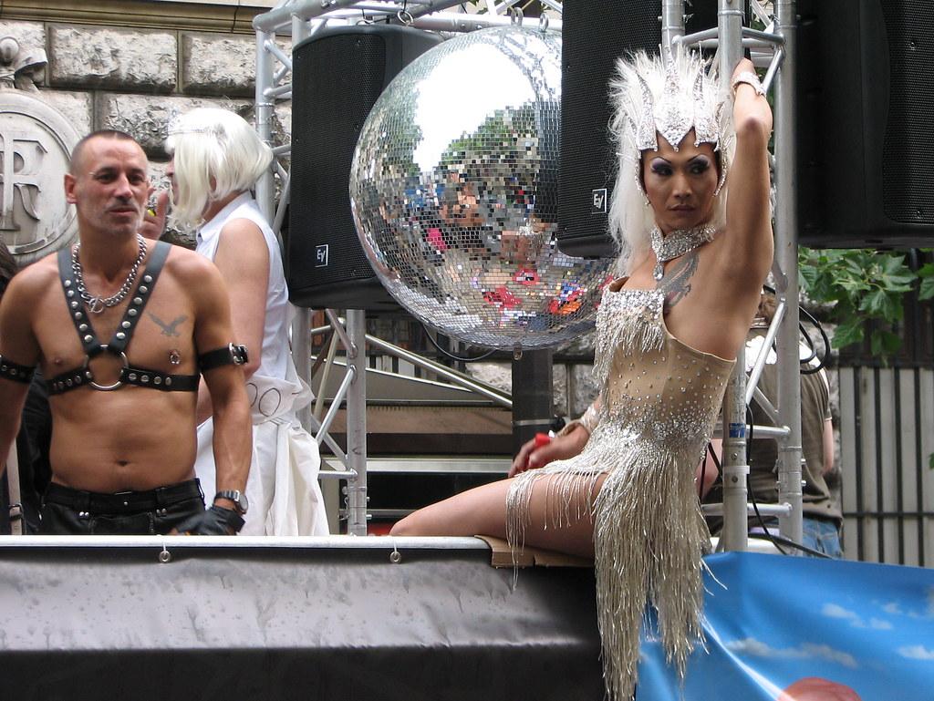 rencontre gay 30 à Saumur