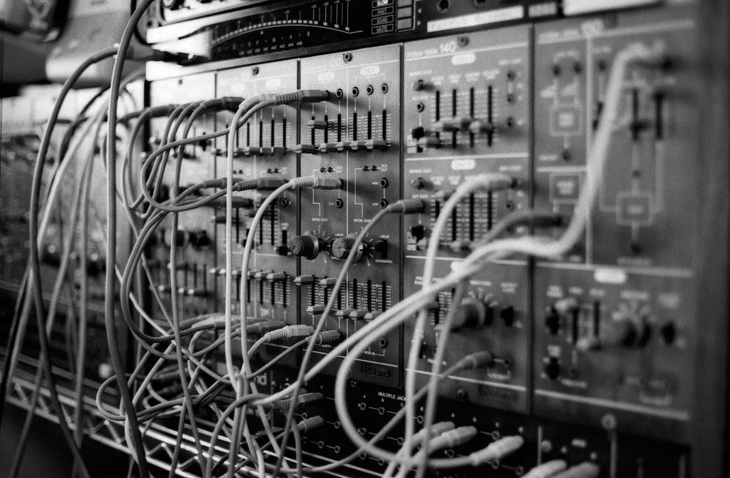 Roland SYSTEM-100M