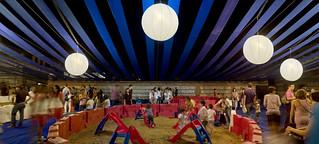 LaNocheDeLosNiños.org - intercambio de juguetes - recinto toboganes 2   by ecosistema urbano