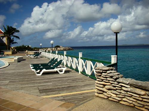 ocean blue sea pool hotel bonaire netherlandsantilles antilhasholandesas portbonaire