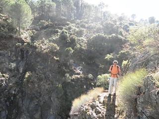 053. Javier bajando al salto de la Virgen | by Por los caminos de Málaga