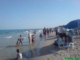 Baigneurs sur la plage de Sidi Ali El Mekki été 2007