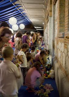 LaNocheDeLosNiños.org - intercambio de juguetes - exposicion de juguetes | by ecosistema urbano