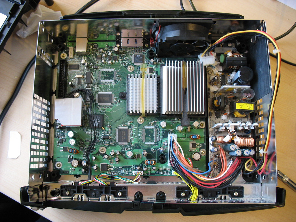 Open Xbox | V1 3 Xbox with Xecuter 2 6CE mod chip and Xapter