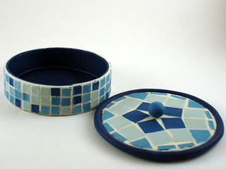 Blue & White Mosaic Clay Box, Inside View