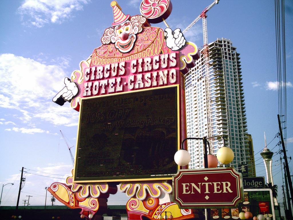 circus casino hotel