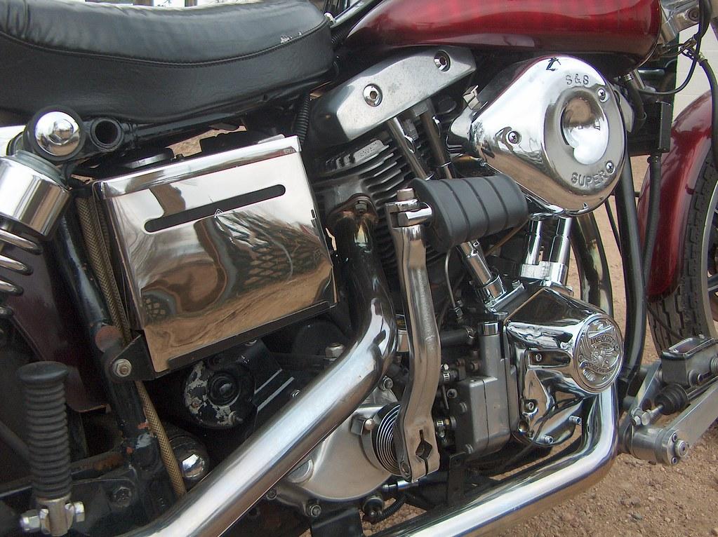 1976 FXE Harley Davidson Shovelhead   More chrome on batt co…   Flickr