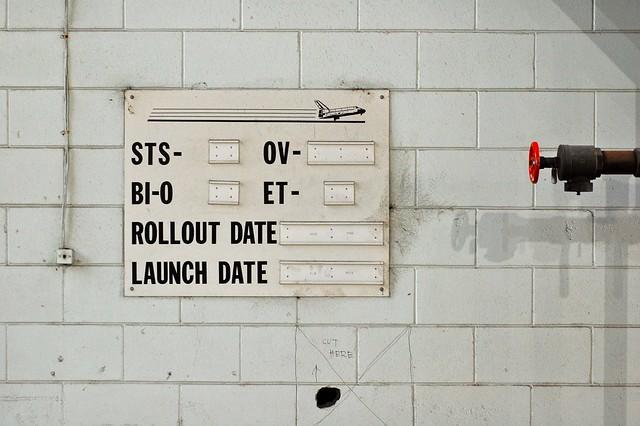 Obsolete status signage