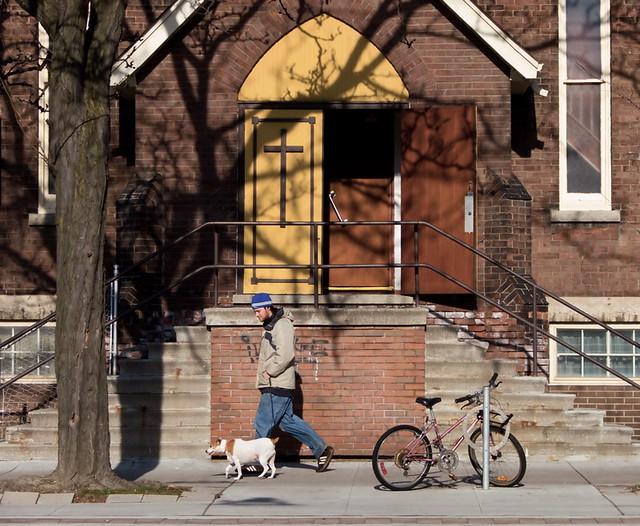 The yellow door (December 2006)