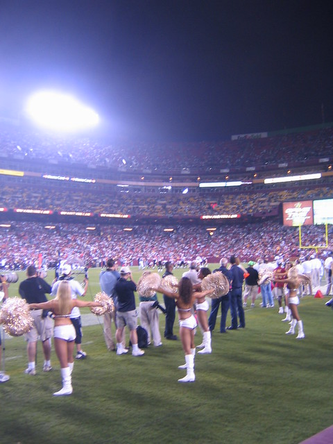 Washington_Redskins_Cheerleaders_9