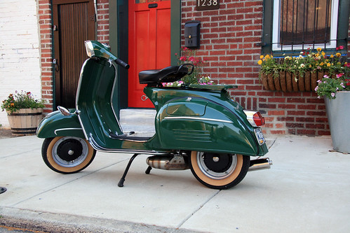 vespa | by damonabnormal