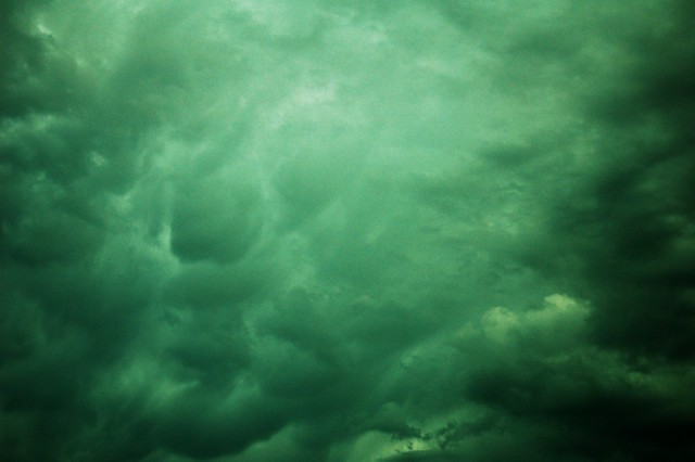 062210 - Nebraska HP Thunderstorm (Mammatus)
