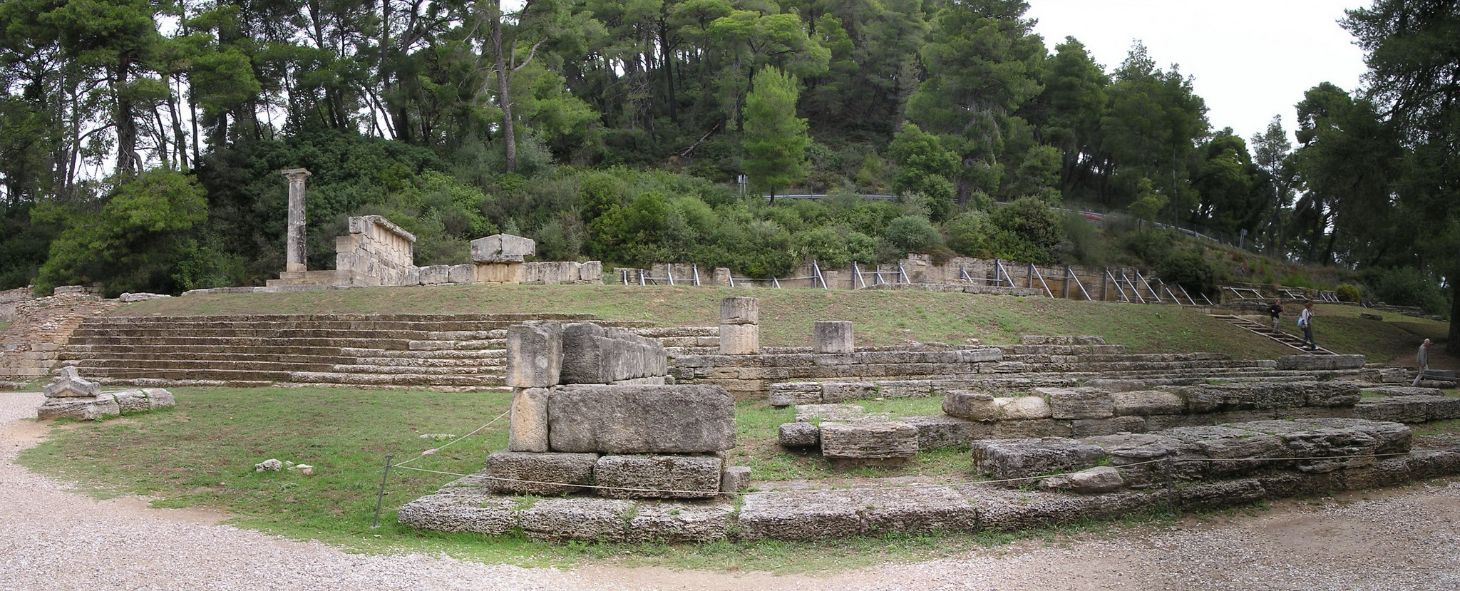 Metroon Templo de Cibeles Olimpia Grecia